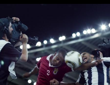 """Viraler Werbespot """"Canal+ und die virale Werbung mit Kameramännern beim Fußball"""""""