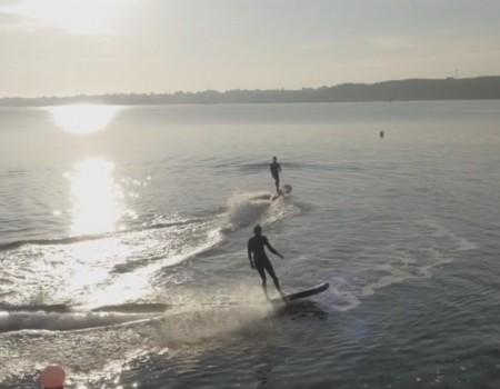 """Virale Idee """"Lampuga, Surfen ohne Wind – elektrische Surfboards mit Jetantrieb"""""""