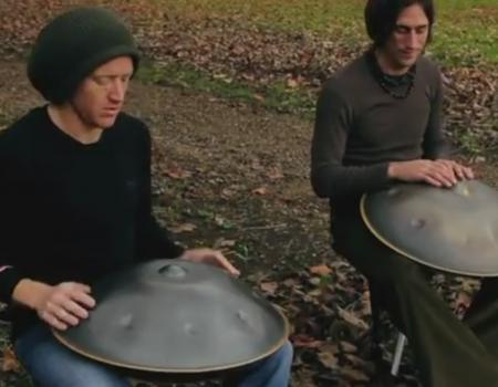 """Virales Video """"Hang Drum Duo aus dem Jahr 2011 wird viral"""""""