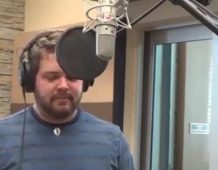 """Virales Video """"Mann singt Song mit Stimmen von 21 verschiedenen Pixar-Charakteren"""""""