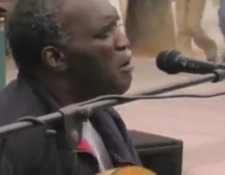 """Virales Video """"Straßenmusiker Roger Ridley aus Santa Monica wird über 300.000 Mal geteilt"""""""