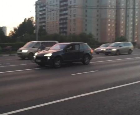 """Virales Video """"Auf den Straßen Russlands"""""""