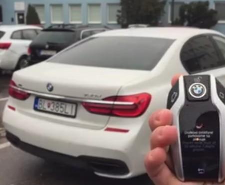 """Virales Video """"Mit dem Schlüssel den BMW ausparken"""""""