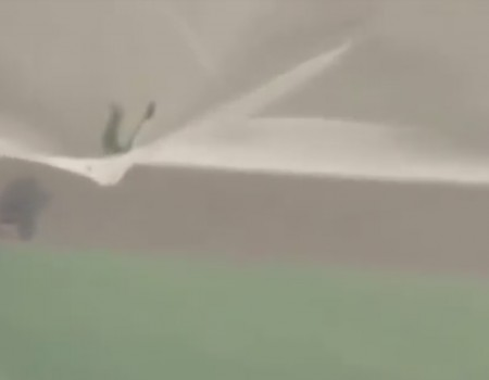 """Virales Video """"Ohne Sicherung aus einem Flugzeug springen"""""""