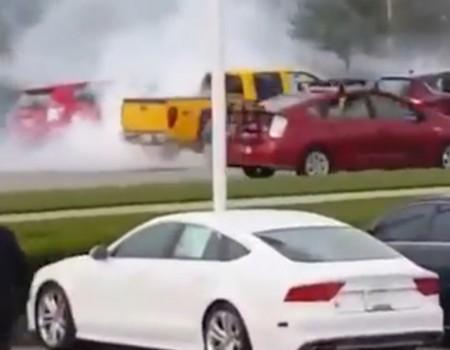 """Virales Video """"Hinter dem Lenkrad eingeschlafen"""""""