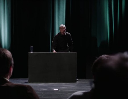 "Virales Video ""Fake Tim Cook Keynote"""