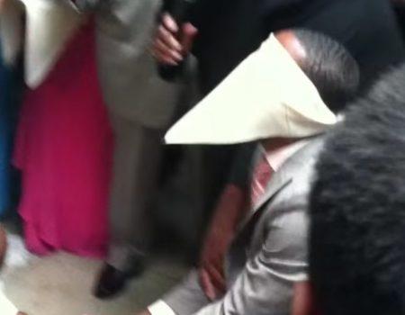"""Virales Video """"Strumpfband der Braut als Hochzeitsstreich"""""""