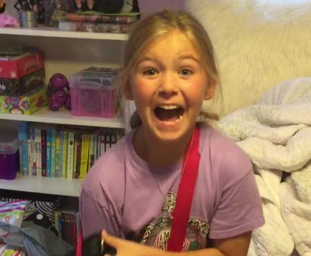 """Virales Video """"9 jähriges Mädchen überwältigt und überglücklich über ihr neues Kitten"""""""