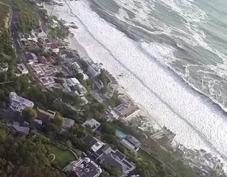 "Virales Video ""Knappe Sache beim Paragliding in Kapstadt"""
