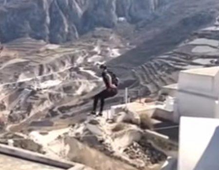 """Virales Video """"Junger Mann springt von einem Hausdach zu einem anderen Hausdach in luftiger Höhe"""""""