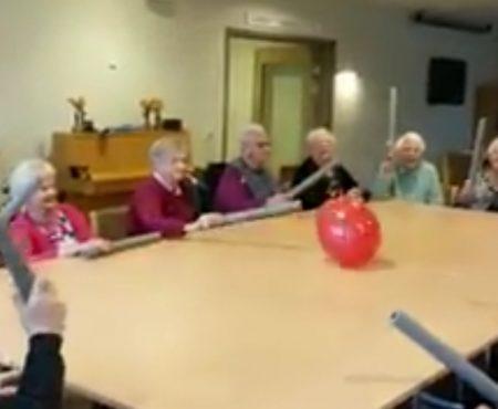 """Virales Video """"Ballon-Spiel im Altersheim über 100.000 Mal bei Facebook geteilt"""""""