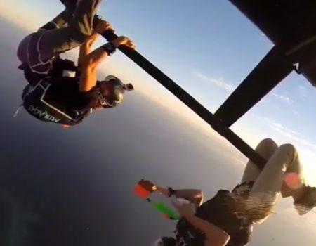 """Virales Video """"Wasserpistolen-Schlacht auf einem Helikopter des Extremsportlers Griffin Turner"""""""