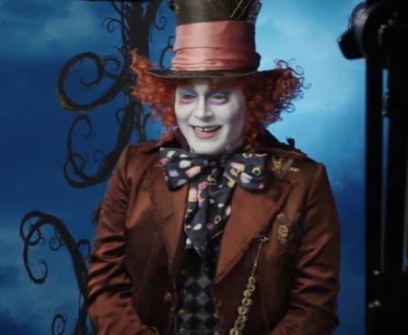 """Virale Werbung """"Johnny Depp wirbt im Disneyland in Kalifornien für seinen neuen Kinofilm"""""""